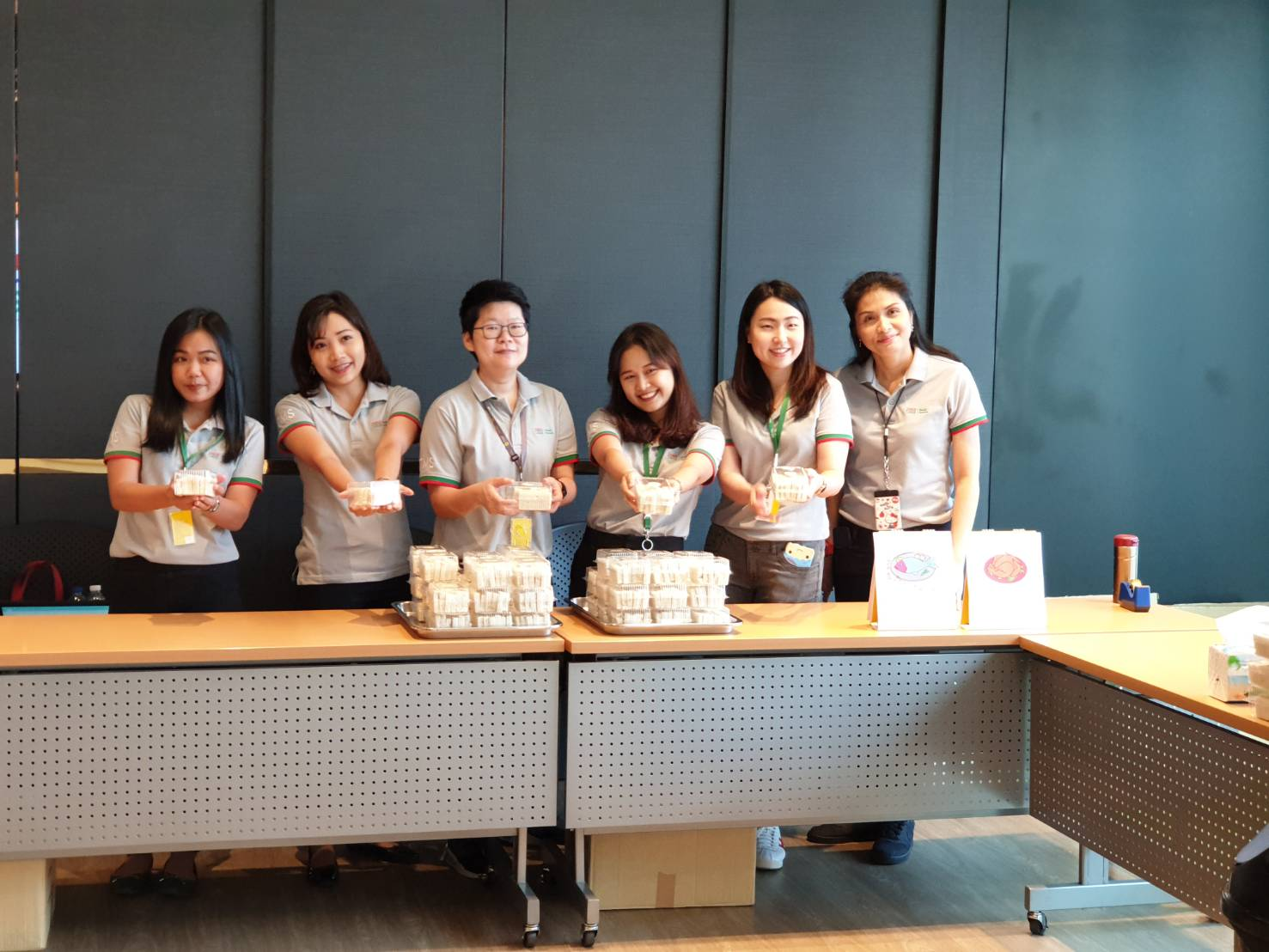 Catering27-snackbox-สแน็คบ๊อกซ์-จัดเลี้ยง-catering_สัมมนา-ประชุม-ขนมปัง-ขนมเบรค-อาหารว่าง-lunchbox-CoffeeBreak-foodstallmenu